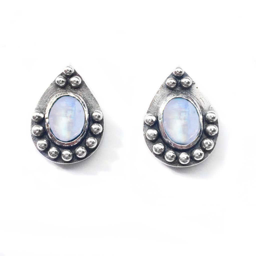 Coralie Studs With Moonstone
